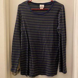 Motherhood maternity shirt size large